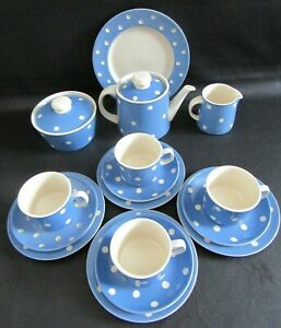 TG GREEN CLOVERLEAF CORNISHWARE 16 PIECE BLUE DOMINO TEA SET FOR FOUR PEOPLE