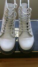 Ladies Womens Golddigga Patent White Boots Size UK6/EUR39,5
