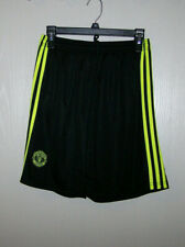 Manchester United Kids black soccer training shorts Size 2XL Black waist 26.5