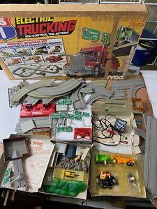 Vintage TYCO Electric Trucking Log Loading Toy Set - Used`