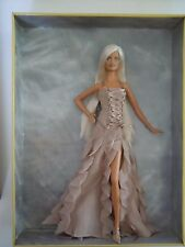 SUPER RARE 2004 STUNNING & FABULOUS BARBIE VERSACE PLATINUM BLONDE GOLD LABEL