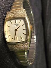 VINTAGE WOMEN'S SEIKO WATCH GOLD TONE QUARTZ NEW BATTERY 2 JEWELS 1400-8020 nice