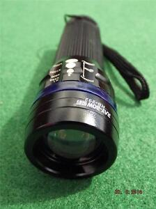POCKET ZOOMABLE TORCH