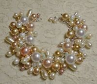 """MULTI COLOR FAUX PEARL GLASS & LUCITE BEADED CHA CHA STATEMENT BRACELET 8"""""""
