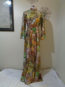 VINTAGE BROWN/GREEN/GOLD ASIAN BIRDS/FLOWERS/TREES PRINT SASH BELTED MAXI DRESS