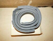 Gm 10415944 Genuine Oem Windshield Sealing Strip- Lower