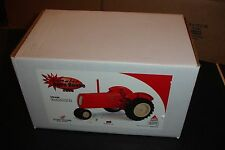 1/16 Cockshutt 70 open house toy tractor