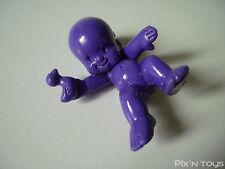 Les Babies / Figurine baby N°40 Charlotte la rigolote - violet foncé