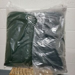"""Sunbrella Classic Chair Cushion with Ties, 20¾"""" x 20¼"""" x 3"""" - Forest Green"""