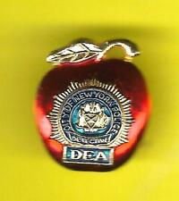CITY of NEW YORK POLICE DETECTIVE DEA HAT or LAPEL PIN ! Detect. Endowment Assoc