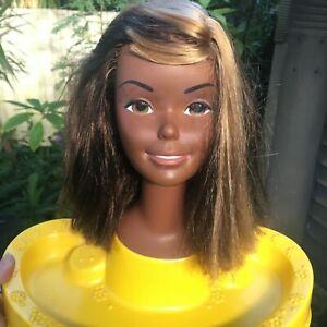 Vintage 1976 Superstar Christie Barbie STYLING MAKEUP HEAD doll HAS EYELASHES