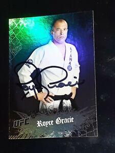 2010 Topps UFC Main Event Royce Gracie Auto