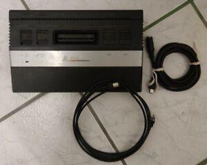 Atari 2600-Konsole + Kabel