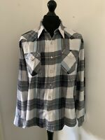 Levi's Strauss & Co Red Tab Grey Blue White Checked Shirt Size Large Press Studs