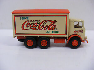 Solido Vintage Vehicles CO2011  1/64 Mack CJ Serve Coca Cola At Home