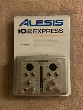 Alesis iO2 EXPRESS 24 BIT Digital Recording Interface used in package