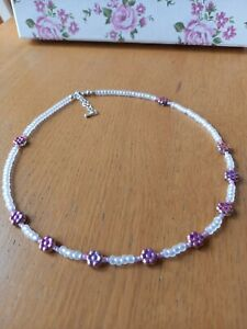 White glass seed bead necklace with pink glass daisy flowers ~ hippy love beads