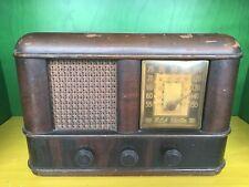 1939 RCA VICTOR II TALKING MACHINE MODEL 46x13 AM RADIO WALNUT VENEER CASE