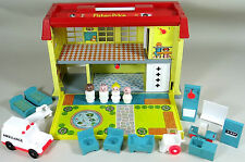 Vintage Fisher Price Little People Hospital Childrens Playset Complete Elevator