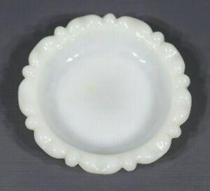 "Vintage Milk Glass Small Round Bowl Trinket Jewelry Soap Dish 4"""