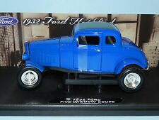 Motor Max 1/18 1932 Ford Five Window Coupe Blue MIB
