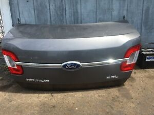 2010-2011-2012 FORD TAURUS TRUNK LID ORIGINAL