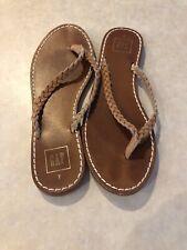 Gap women's tan leather braided flip flops size 5