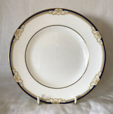 """WEDGWOOD """"CAVENDISH"""" - SIDE / TEA PLATE - 15CM - GOLD TRIM - LOVELY CONDITION"""