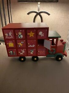 Wooden advent calendar truck/lorry christmas beautiful with open and shut doors