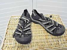 KEEN Youth Newport H2 Black Waterproof Water Sandals/Shoes Sz 6