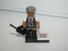 LEGO The Batman Movie Mini Figures  71017 Commissioner Gordon w Wanted Poster