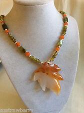 silver tone metal green Garnet Carnelian Agate maple leaf pendant beads necklace