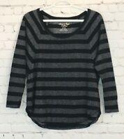 American Eagle Womens Shirt Size Small Black Metalic Striped 3/4 Batwing Sleeve