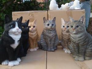 Katze Kater verschiedene Farben sitzend Deko Figur lebensgross Garten HOTANT