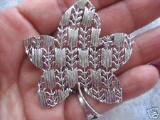 Silvertone Leaf Pin Brooch Vintage Signed Lisner Beautiful Openwork