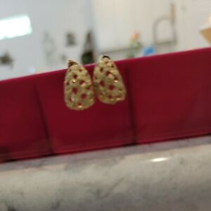 10K  Yellow Gold Diamond Cut Earrings     #3