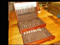 Vintage Rogers  Leilani (1961) Silverware Set for 11 – 55 pieces  Mahogany Case