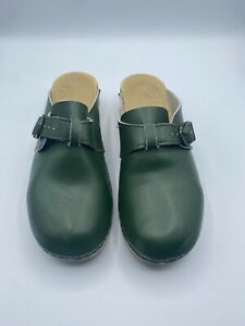 Sven Closed Toe Clogs Leather Size 40 (US 9.5-10), Deep Green