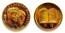 Medaglia John E Robert Kennedy (Sciltian) Metallo Dorato Diametro cm 2,8 g. 8,2