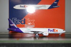 Phoenix 1:400 FedEx Express Boeing 777-200F N878FD (04351) Die-Cast Model Plane
