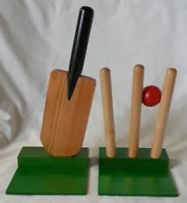 More details for excellent wooden cricket bat & wicket bookends