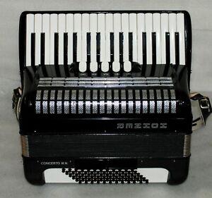 HOHNER CONCERTO III N 72 BASS Piano Accordion Akkordeon Fisarmonica Excellent