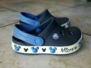 CROCS Youth Boy Blue  Trim With Mickey Mouse Disney Pattern Slides Size C 6-7