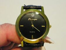 Classique Chinese Movement Quartz unisex Dia watch with Leather Strap CLEARANCE!