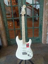 2017 Fender American Pro Stratocaster Solid Electric Guitar Olympic White w OHSC