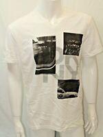 Dkny Jeans Men's  T-shirt  White Size Large  Short Sleeve Nwot