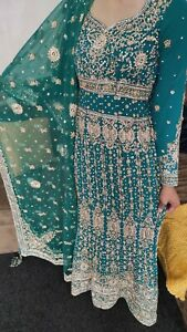 Asian Indian Pakistani Wedding Eid Party Suit. Green And Gold. Size 8 - 10