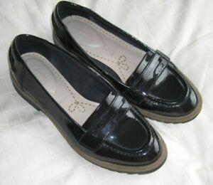 Clarks Shoes, size 5 E (wide fit)