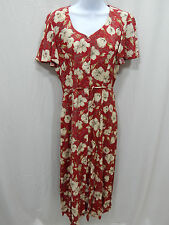 Well Made Women's Dress Party Size 8 Medium  Clay/floral Color #Dress-7