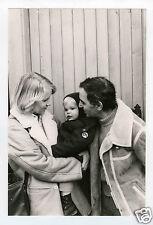 PHOTO PRESS CHARLES AZNAVOUR EN FAMILLE